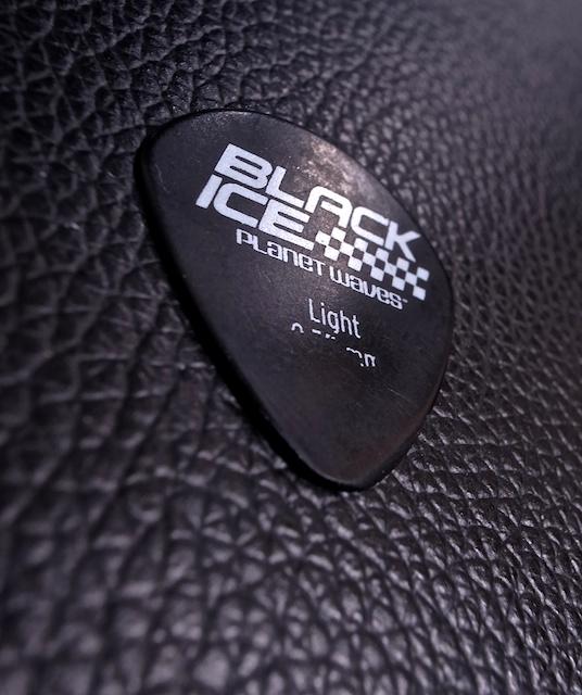 Guitar Pic4