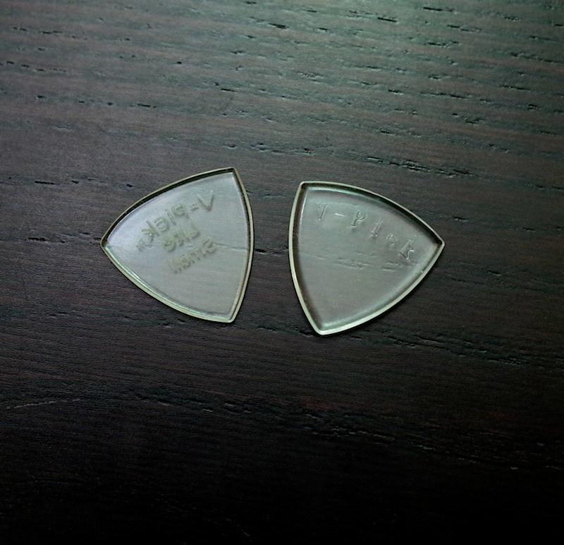 Ultem guitar pick 7