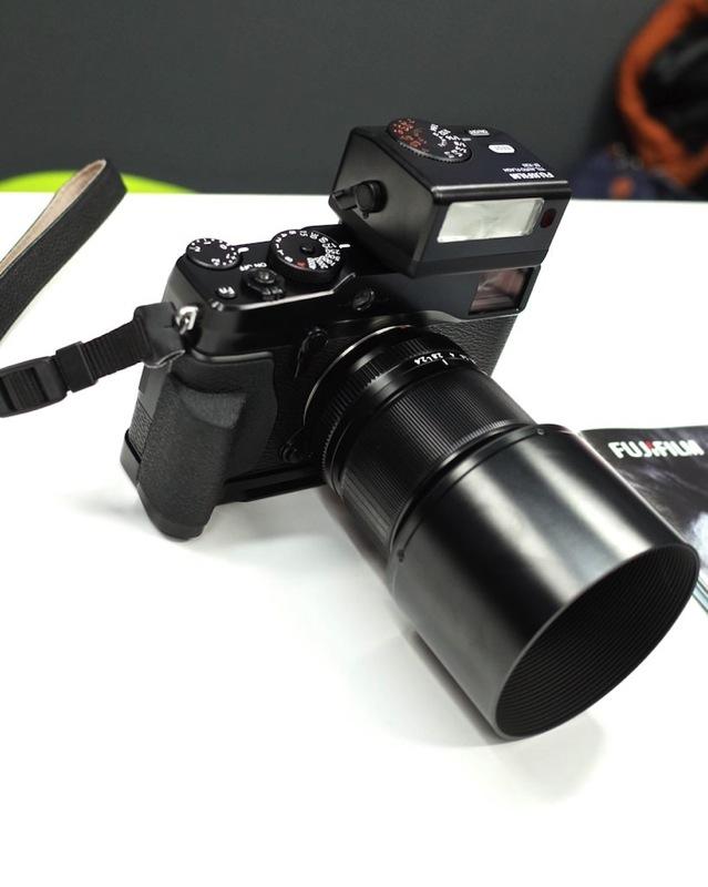 X-E2ハンドグリップMHG-XEの画像