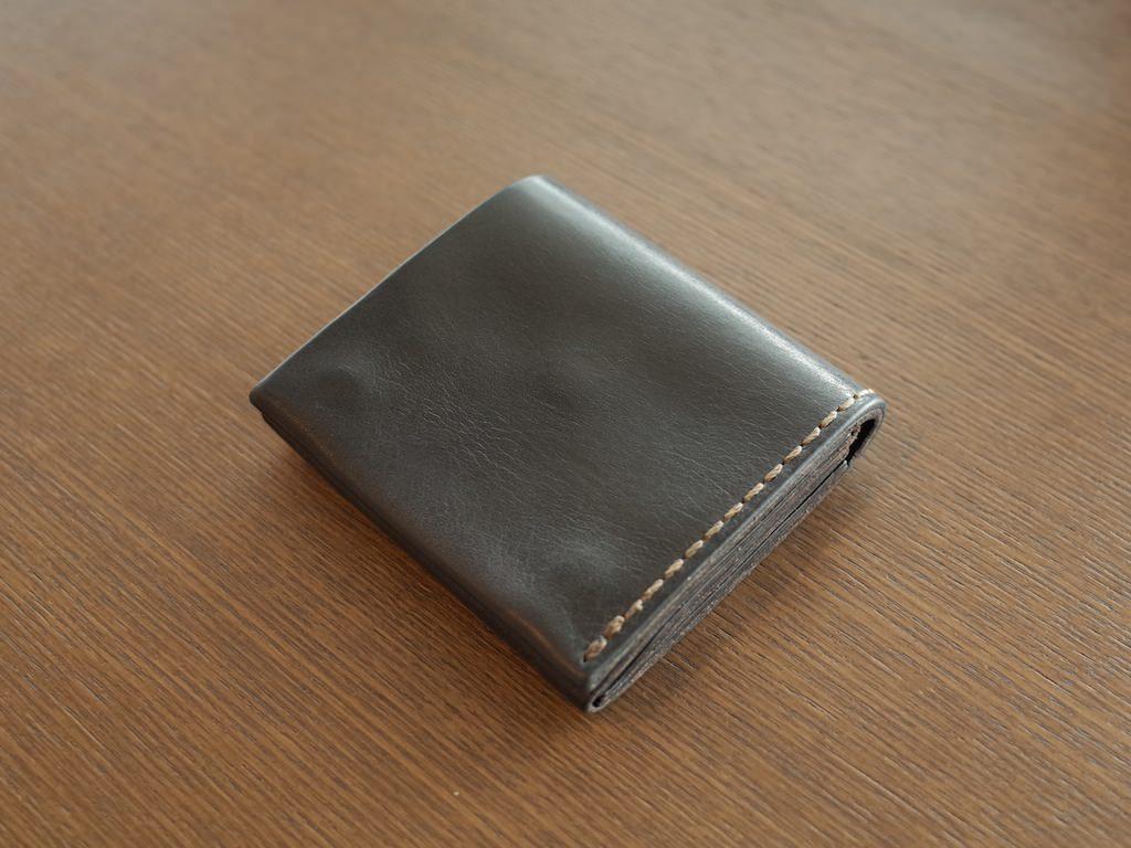 uk availability 31cb8 faa5f HERZのOrganレザー二つ折り財布1年使用後のレビュー   ダーフク.com